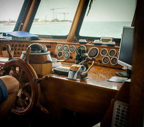 Weather Measuring Instruments for Small Boat Sailors 2 | weatherstationary.com