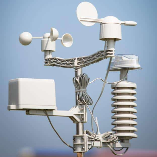 weather stations and weather instruments